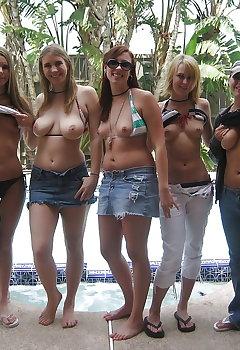 Downblouse Tits Pics